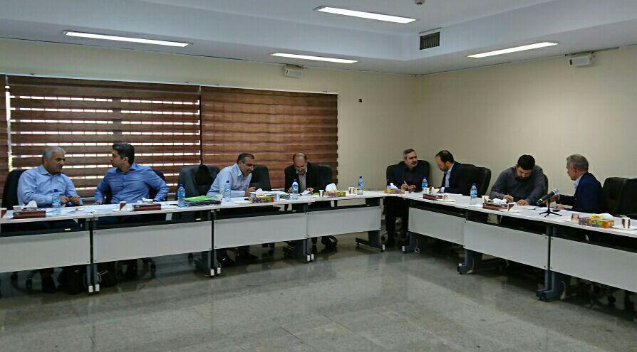 """کارگاه """"مهارتهای ارتباط و مذاکره در جلسات"""" ویژه اعضای هیئت مدیره شرکتهای توزیع برق سراسر کشور در پژوهشگاه نیرو توسط کانون یادگیری فردا برگزار شد."""